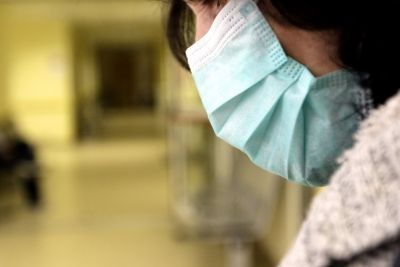 Ντοκουμέντο ΣΟΚ. Εξανθήματα λόγω της διαρκούς χρήσης της μάσκας, καταγγέλλουν γονείς