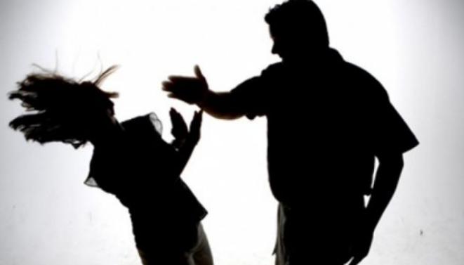 Πώς θα δώσετε τυφλά συνεπιμέλεια; Μαχαίρωσε τη σύντροφό του και τους γονείς της