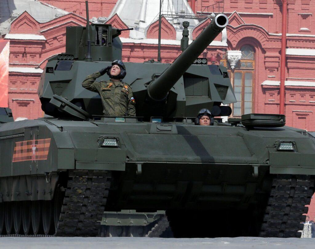 Πόσα είδη τεθωρακισμένων έχει ο Πούτιν;; Αν έχετε υπομονή μετρήστε – VIDEO